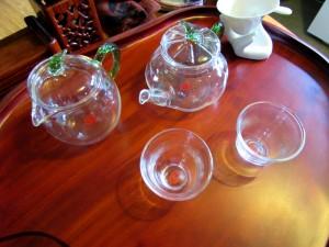 Glass tea ceremony set